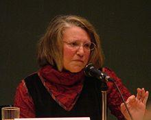 نانسی فریزر، استاد نیو اسکول و متخصص فلسفه سیاسی و فلسفه فمینیستی