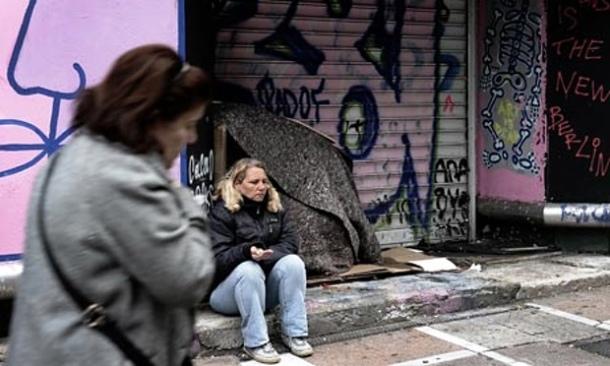 MDG--EU-crisis--A-woman-b-007