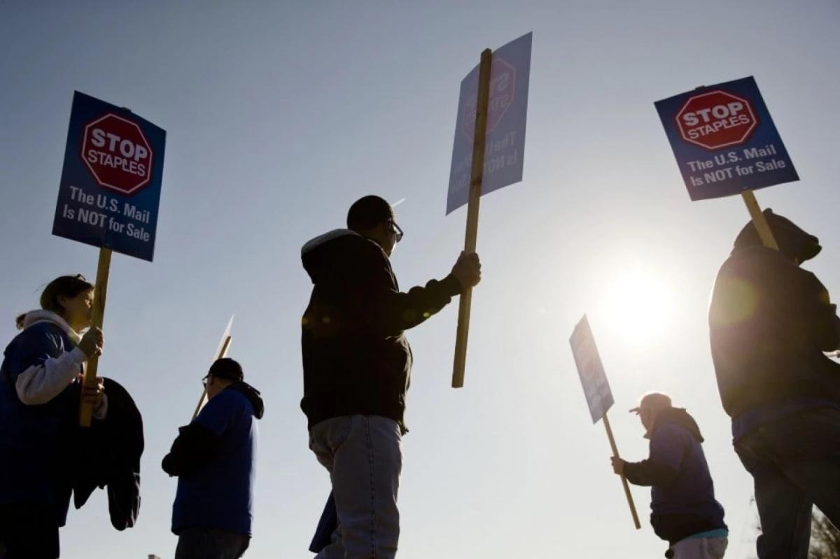 انکار اتحادیههای کارگری و این نابرابری روزافزون / احمد سیف